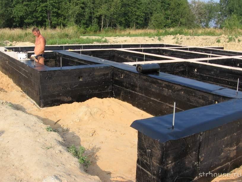 Обмазочная гидроизоляция дома